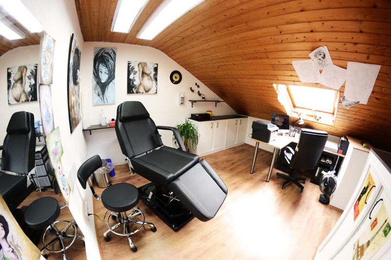 Tattoo Studio Tatou Noir